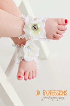 Baby sandals...gotta get these for Chloe's 1st Birthday !