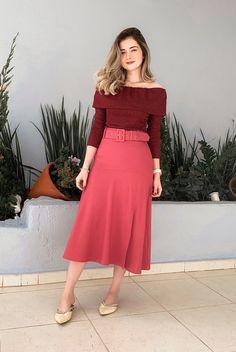 Saia Midi Luna Evasê - Zandara Store Holly Willoughby, Ariana Grande, Ideias Fashion, Pandora, Plus Size, Fashion Outfits, Formal, Inspiration, Vintage