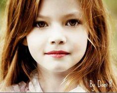Renesmée Cullen - Twilight. I am Loving Her Name!