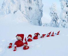 - Aarikka elves I am so going to decorate my Yard for Christmas Like this. Christmas Feeling, Scandinavian Christmas, Christmas Elf, Christmas Presents, Christmas Decorations, Xmas, I Love Snow, Snow Fun, Winter Garden