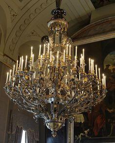 Amsterdam, Chandelier, Ceiling Lights, Instagram, Home Decor, Hu Ge, Candelabra, Decoration Home, Room Decor
