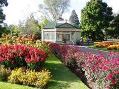 "Ballarat Botanical Gardens, utilised in the film version of Henry Handel Richardson's 'The getting of wisdom""."