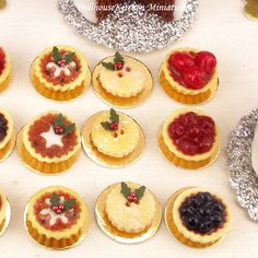 Traditional Mince Pie - Dollhouse Miniature Christmas Food Handmade by DollhouseKitchen on Etsy https://www.etsy.com/listing/212285015/traditional-mince-pie-dollhouse