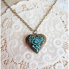 Gothic Necklace Locket Heart Shape LOTR Patina Verdigris Antique Brass... ($12) ❤ liked on Polyvore featuring jewelry, necklaces, accessories, colares, chain necklaces, goth jewelry, heart chain necklace, bronze necklace and heart shaped locket