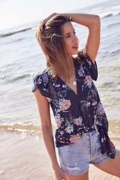 Jaase Koi Top in Francie Print - The Sound of White Boutique Port Noarlunga Koi, Floral Tops, V Neck, Boutique, My Style, Lady, Sleeves, Model, How To Wear