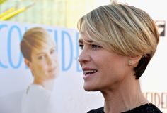 Robin Wright - Robin Wright Photos - Los Angeles Confidential Magazine And Cover Star Robin Wright Celebrate The Magazine's Women Of Influence Issue - Zimbio Haircut Styles For Women, Short Haircut Styles, Haircut For Older Women, Best Short Haircuts, Short Hair Cuts For Women, Hair Styles, Robin Wright Haircut, Short Hair Dont Care, Hair Affair