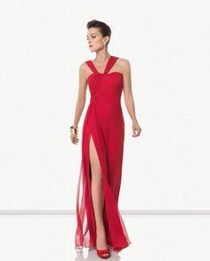 249 (Trajes de Fiesta). Diseñador: Rosa Clará. Vestido de bambula de seda.