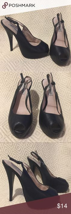 """Steve Madden Black Leather Peeptoe Slingback Heels Steve Madden Black Leather Peeptoe Slingback Platform high heels. Preowned and heavily used. Outsides look ok but insole is beginning to lift. Could be glued down. Size 8. 5.5"""" heel with a 1"""" platform. Steve Madden Shoes Platforms"""