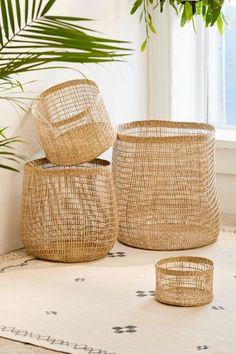 45 Ideas For Bedroom Storage Baskets Shelves Basket Shelves, Storage Baskets, Diy Home Decor On A Budget, Cheap Home Decor, Clothes Drawer Organization, Floating Shelves Bedroom, Modern Boho, Bedroom Storage, Home Decor Accessories