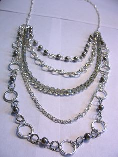 I have another great jewelry tutorial for this week! I've been want to make a long and chunky chain necklace for a while since they are SO i...
