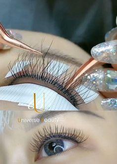 Bottom Lash Extensions, Eyelash Extensions Salons, Eyelashes Tutorial, Perfect Eyelashes, Eyelash Technician, Gray Hair Highlights, Lash Room, Box Braids Styling, Time Saving