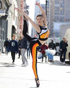 The Most Stunning And Creative Photos Of Dancers From 2016 - Casey Sa. Street Ballet, Street Dance, Shall We Dance, Lets Dance, Dance Photos, Dance Pictures, Flexibility Dance, Flexibility Exercises, Tango