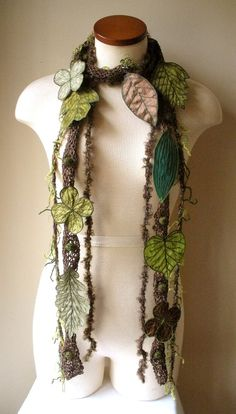Leafy scarf like my Faery Vines, but this one is even fancier!