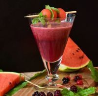 """Smoothies Can Be Your Best """"Fast Food"""" Alternative – Juicing and Smoothies Healthy Juice Recipes, Healthy Juices, Healthy Drinks, Healthy Eating, Frozen Cherries, Frozen Strawberries, Vegan Smoothies, Smoothie Recipes, Best Fast Food"""