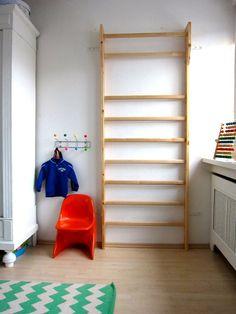 Wandschutz f r das kinderbett von piros auf kinderzimmer pinterest - Babyzimmer janne ...