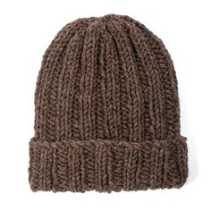 Free beginner beanie hat knitting pattern from The Toft Alpaca Shop - ribbed hat Beanie Knitting Patterns Free, Knit Beanie Pattern, Loom Knitting, Knit Patterns, Free Knitting, Bonnet Crochet, Knit Or Crochet, Crochet Hats, Diy Laine