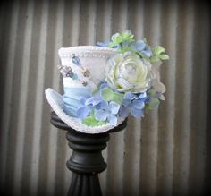 Mini Top Hat Baby Blue flower mini top hat Alice in by ChikiBird