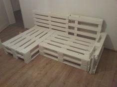 Framework of the sofa made of europallets - Europaletten sofa - Design Rattan Furniture Diy Furniture Nightstand, Couch Furniture, Pallet Furniture, Furniture Removal, Garden Furniture, Outdoor Furniture, Diy Sofa, Sofa Sofa, Diy Pallet Projects