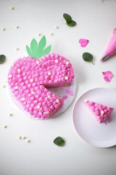 DIY Summer Strawberry Cake   Handmade Charlotte