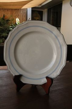 Alfred Meakin dinner plate made in England by MareeAustinDesigns, $5.00