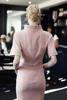 Chanel Spring 2012. Pearls strewn in the hair.