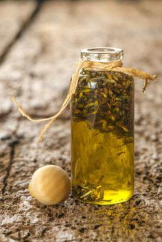 Oleolito : scopriamone insieme tutte le proprietà ed alcune ricette per imparare a farlo da soli in maniera del tutto naturale.