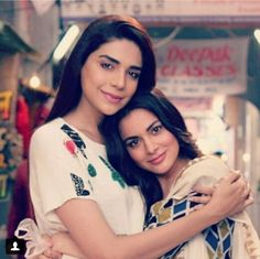 Best Sisterss Tv Actors, Actors & Actresses, Brother And Sister Love, Today Episode, Girl Celebrities, Bollywood Saree, Arya, 15 Dresses, Beauty Queens