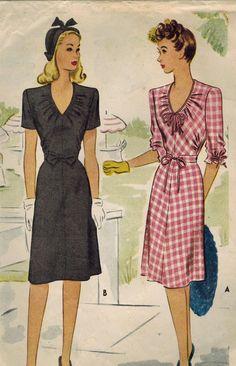 1940s McCall 5611 Vintage Sewing Pattern Misses por midvalecottage, $16.00