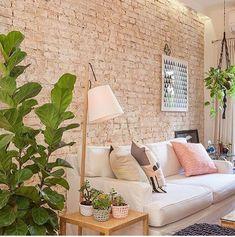 55 trendy home wallpaper brick Best Living Room Wallpaper, Home Wallpaper, Wallpaper Ideas, Decor Interior Design, Interior Decorating, Cute Living Room, Homemade Home Decor, Studio Apartment Decorating, Trendy Home