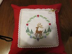 Christmas time ! Pot Holders, Christmas Time, Cross Stitch, Pillows, Christmas, Crossstitch, Hot Pads, Potholders, Punto Croce