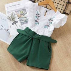 Girls Summer Outfits, Short Outfits, Kids Outfits, Cute Outfits, Summer Girls, Summer Clothes For Girls, Baby Girl Clothes Summer, Baby Shorts, T Shirt And Shorts