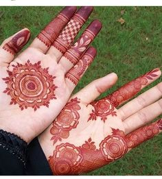 """426 Likes, 4 Comments - Official Henna Mehndi London (@lal_hatheli_london) on Instagram: """"#Repost @hennabykellie ・・・ """"Throwback to my stunning henna done by @lal_hatheli_london for my…"""""""