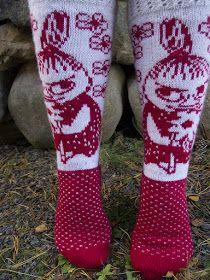 Tanssivat Puikot: Pikku Myy Thick Socks, Moomin, Little My, Knitting Socks, Mittens, Beautiful Outfits, Ravelry, Tatting, Knitting Patterns