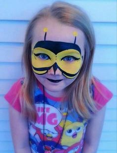 Pin by chasiti gomez on face painting Bee Makeup, Kids Makeup, Zombie Makeup, Horror Makeup, Scary Makeup, Girl Face Painting, Face Painting Designs, Body Painting, The Face