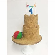 A fun sandcastle cake to end summer by @sweet_deetails