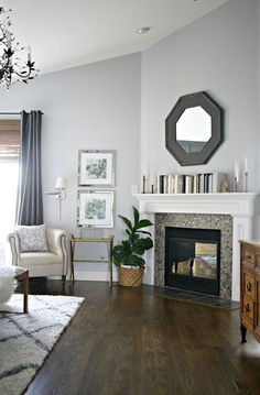 Awesome Corner Fireplace Ideas for Your Living Room Interior Design - Corner Fireplace design ideas and photos to inspire your next home decor project or remodel. Check out Corner Fireplace photo galleries full of ideas for you. Living Room Remodel, Home Living Room, Living Room Decor, Bedroom Decor, Bedroom Lighting, Arranging Bedroom Furniture, Furniture Arrangement, Benjamin Moore, Living Room Arrangements
