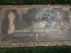 Jenni's Grave...