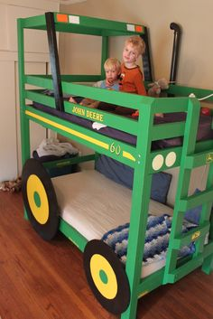 DIY::Homemade John Deere Tractor Bunk Bed - Paisley 'Bulmer' - can so see one of these is Logie's room :-) Bedroom Themes, Kids Bedroom, Bedrooms, Tractor Bed, Baby Kids, Baby Boy, Cool Diy, Boy Room, Bunk Beds