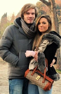 Lovely youtube couple - PewDiePie & CutiePieMarzia... ♥ Love them!