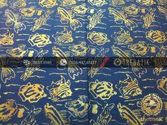 Kain Batik Modern Motif Ikan Biru   Indonesian Batik Fabric Pattern Design http://thebatik.co.id/kain-batik-bahan/