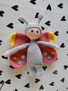 Vlinder knuffel haken, met link naar gratis patroon. Crouchet butterfly, link to free UK Pattern
