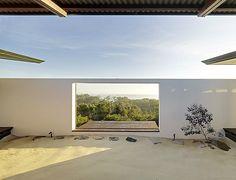 Fergus Scott Architects designes the Southern House in Australia
