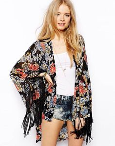 Kimonos are so versatile- I would love to get one like this!