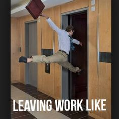 Here are the top 10 funniest 'Leaving work on Friday memes' you should b. Here are the top 10 funniest 'Leaving work on Friday memes' you should b. Work Memes, Work Humor, Stupid Funny, The Funny, Funny Relatable Memes, Funny Jokes, Memes Humor, Funny Friday Memes, Tgif Meme