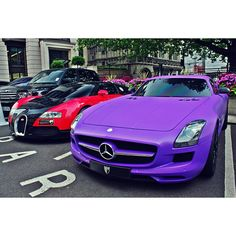 Glorious Mercedes SLS AMG and Cool Bugatti Veyron in the background!