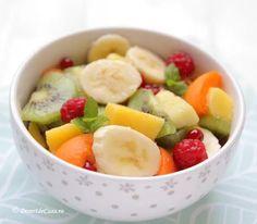 Salata de fructe Dessert Recipes, Desserts, Sweets, Banana, Tailgate Desserts, Deserts, Gummi Candy, Candy, Postres