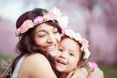 sesión de fotos en familia primavera en almendros en flor barcelona (2)