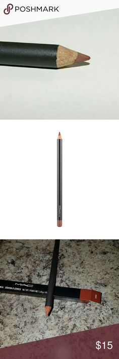MAC Lip Pencil in the shade Hover Authentic MAC lipliner in the shade Hover. It's a Rich caramel brown color. Made in Germany MAC Cosmetics Makeup Lip Liner