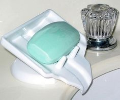 """Want, Need, Now: Water Draining Soap Holder By Hazel Chua on 08/06/14 • """"The Water Draining Soap Holder basically drains away the excess water from the soap so it doesn't slowly melt away in the holder. One first world problem, solved. It's available online for $5.25."""" [ Product Page ] VIA [ TIWIB ]"""