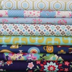 http://thefabricloft.co.uk/item/Blue_Skies_Bundle/144/c12/